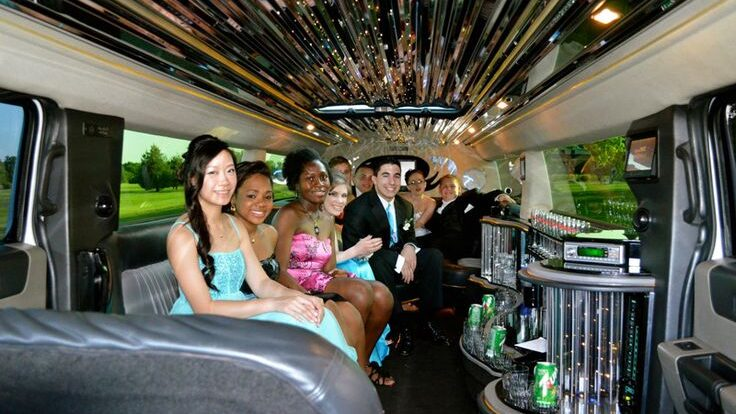 LIMOUSINE FOR YOUR BIRTHDAY